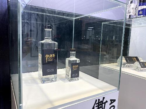 白酒市场火爆 北京傲百年纯粮酿造市场口碑双丰收